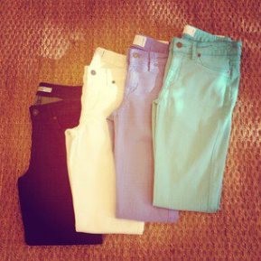 Womenswear – Jeans Galore